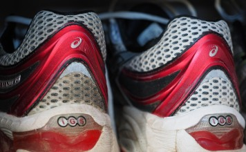 løbesko til brede fødder
